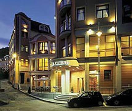 Отель Ambiente 4*