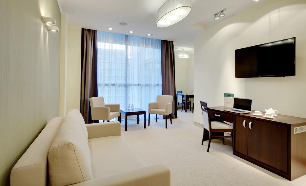 Русские в отеле фото 8 фотография