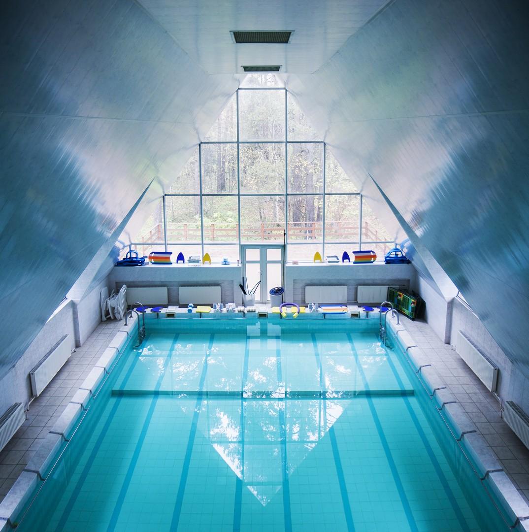 Картинки по запросу Бассейн в Переделкино - отличный вариант для занятий активным отдыхом