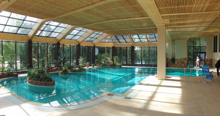Новый год на базе отдыха с бассейном