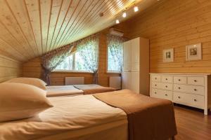 Улучшенный коттедж, Спальня