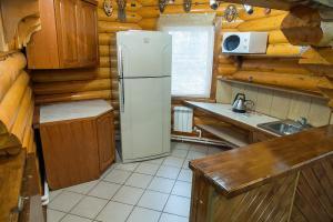 Коттедж Русская баня, кухня