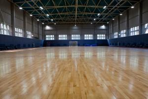Грумант, Спортивный зал