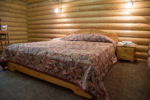 Русский домик с сауной, спальня