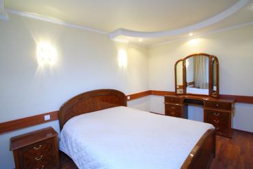 Двухкомнатный двухместный номер, спальня