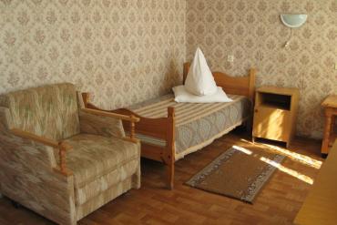 Одноместный номер с креслом-кроватью