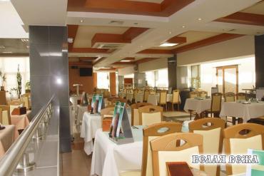 Большой обеденный зал