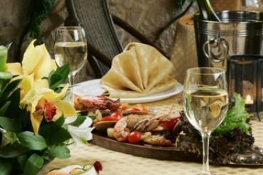 """Сервировка стола в ресторане """"Ольмека"""""""