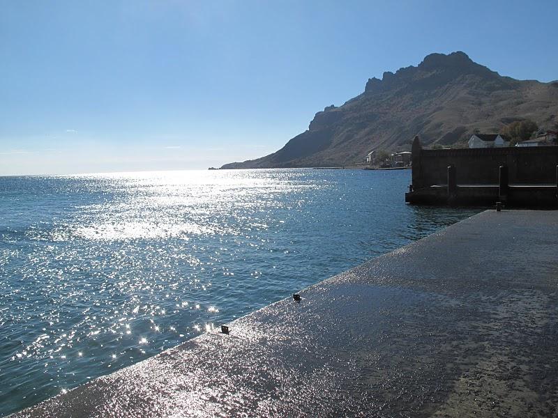 мальтийский пляж коктебель фото понимаю, почему такое